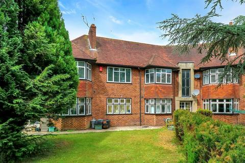 2 bedroom flat to rent - St Anthony's Court, Beaconsfield, HP9