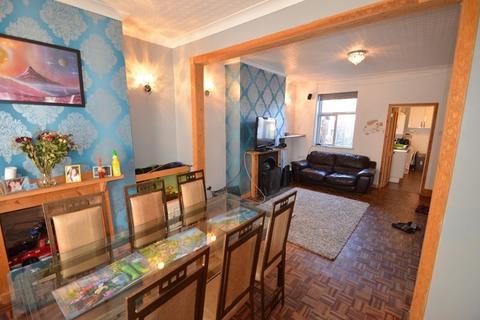 3 bedroom terraced house for sale - Dewstow Street, Newport