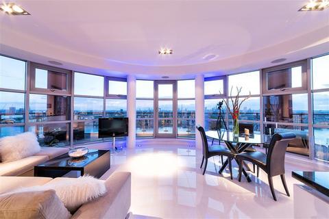 2 bedroom penthouse for sale - Hutchings Street Canary Wharf E14