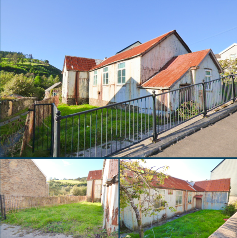 Property for sale - New Street, Pantygog, Bridgend CF32