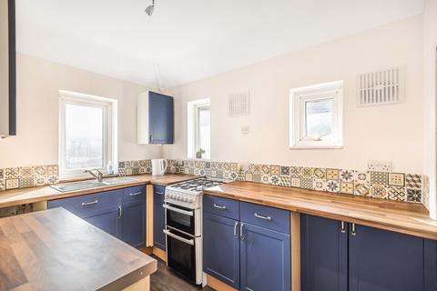 2 bedroom maisonette to rent - Pinewood Avenue, Uxbridge, Middlesex, UB8 3LW