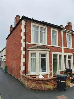 4 bedroom end of terrace house to rent - York Road, Easton, Bristol