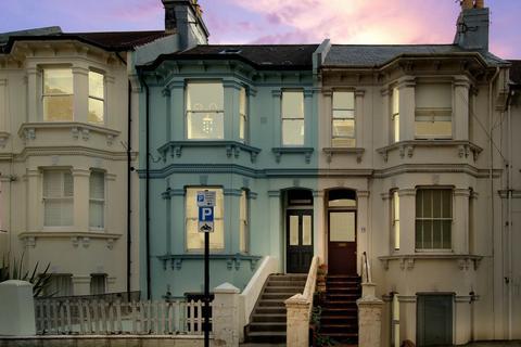 2 bedroom apartment to rent - Springfield road, Brighton