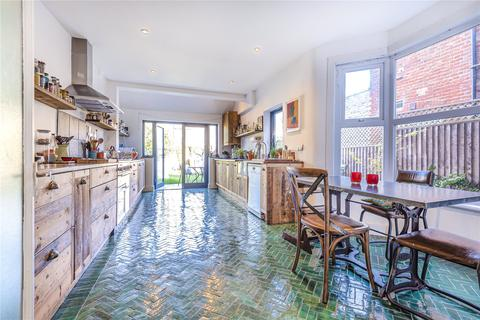 5 bedroom terraced house - Hampden Road, London, N8