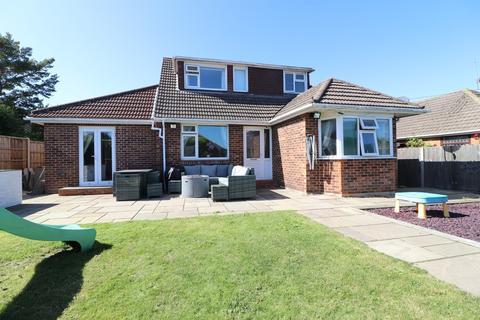 3 bedroom detached bungalow for sale - West End , Southampton
