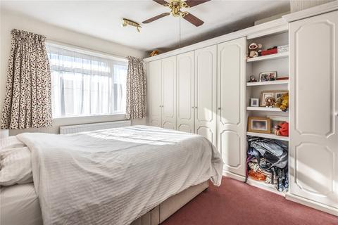 4 bedroom house share to rent - Mulcaster Avenue, Kidlington, OX5