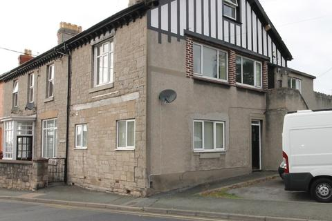 2 bedroom ground floor flat to rent - High Street, Dyserth