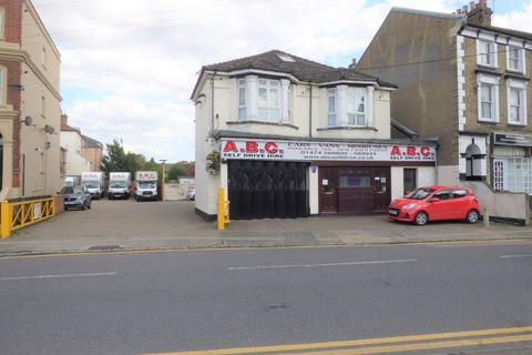 Industrial unit for sale - Darnley Road, Gravesend, Kent
