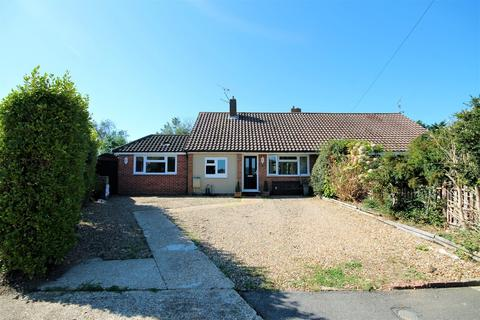 3 bedroom semi-detached bungalow for sale - Derwent Close, Sompting BN15 9TW