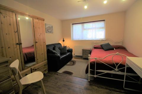 1 bedroom house share to rent - Welland Road, City Center , Coventry