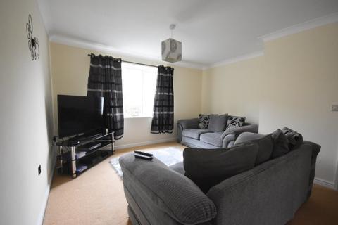 2 bedroom apartment for sale - Chelker Close, Bradford
