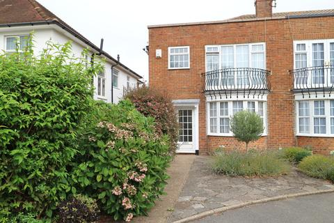 3 bedroom end of terrace house to rent - New Church Road, Hove