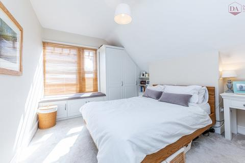 2 bedroom apartment for sale - Cecile Park, Crouch End N8