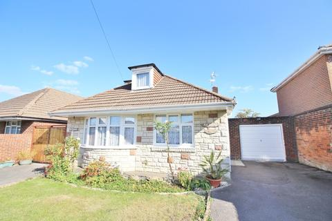 4 bedroom detached bungalow for sale - Shales Road, Southampton
