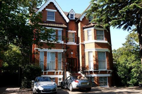 3 bedroom flat to rent - Gipsy Hill, Upper Norwood, London, SE19 1QL