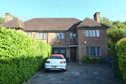 4 bedroom house to rent - Grey Close, Hampstead Garden Suburb, NW11