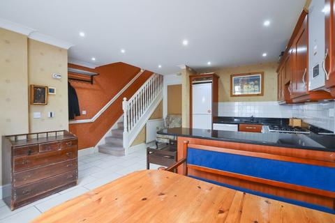 4 bedroom townhouse to rent - Osier Crescent, Muswell Hill N10