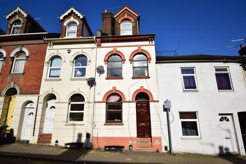 6 bedroom terraced house for sale - Cardigan Street, Luton
