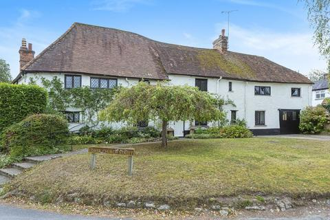 5 bedroom detached house for sale - Cuddington, Buckinghamshire