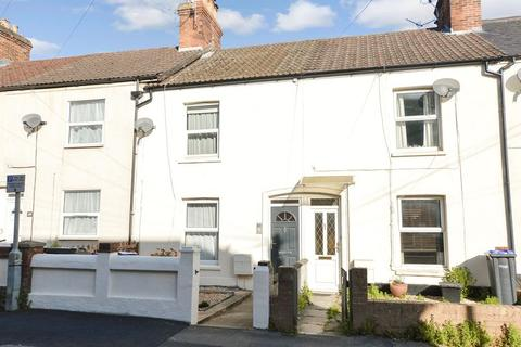 2 bedroom terraced house for sale - Clifton Road, Salisbury