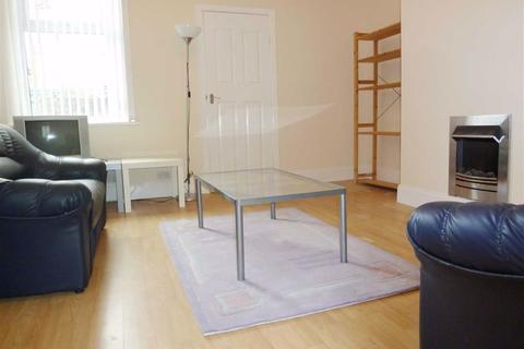 3 bedroom apartment to rent - Trewhitt Road, Heaton, Newcastle Upon Tyne