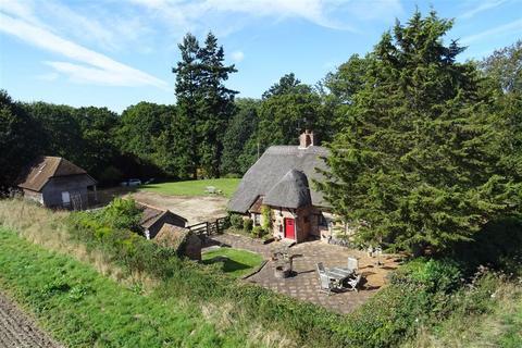 2 bedroom detached house for sale - North Sydmonton, Newbury, Berkshire, RG20