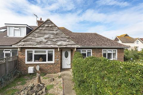 2 bedroom semi-detached bungalow for sale - Cricketfield Road, Seaford