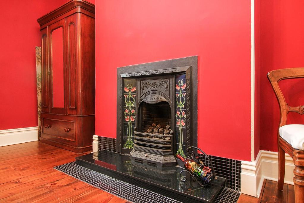 , fire place .jpg