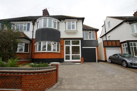 5 bedroom semi-detached house to rent - The Crossways, Westcliff-On-Sea