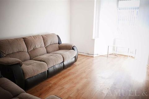 3 bedroom semi-detached house to rent - Caversham Road, Kingstanding