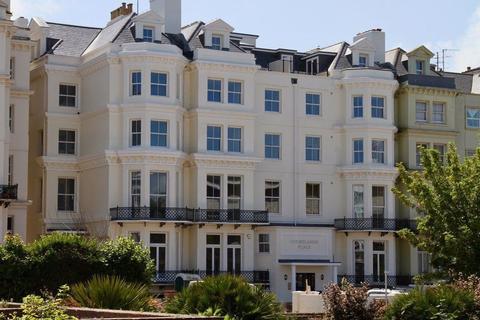 2 bedroom flat to rent - Wilmington Gardens, -5 Wilmington Gardens, Eastbourne, East Sussex, BN21 4FB