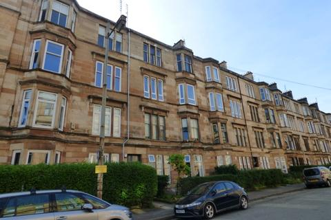 2 bedroom flat to rent - Albert Avenue, Queens Park, Glasgow, G42 8RB