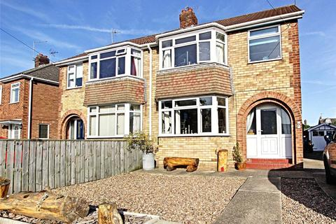 3 bedroom semi-detached house for sale - Molescroft Drive, Beverley, East Yorkshire, HU17