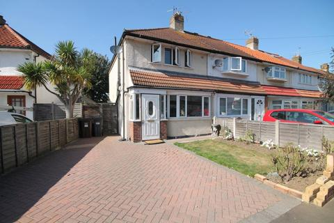 3 bedroom end of terrace house for sale - The Alders, Hanworth, Feltham, TW13