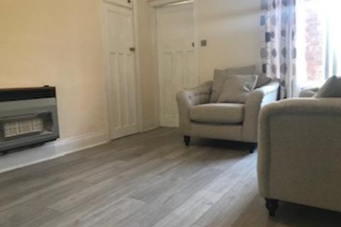 2 bedroom house share to rent - Addycombe Terrace, Heaton, Newcastle Upon Tyne, NE6 5TY