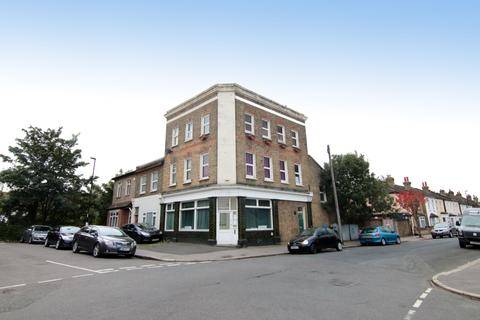 Workshop & retail space to rent - Stroud Road, South Norwood SE25