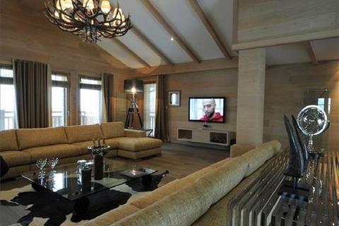 5 bedroom chalet  - Courchevel Moriond, Savoie, Rhone-Alpes