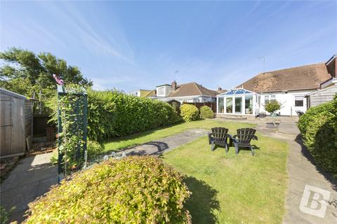 2 bedroom bungalow for sale - Pentland Avenue, Chelmsford, Essex, CM1