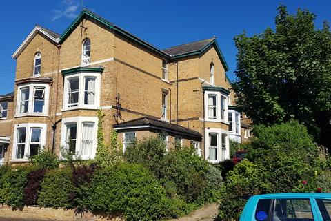 1 bedroom house share to rent - Room 5, 30 Trinity Road, Scarborough YO11