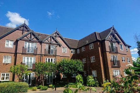 2 bedroom flat to rent - Sandown Court, Newbury Road, Worth, West Sussex, RH10 7SN