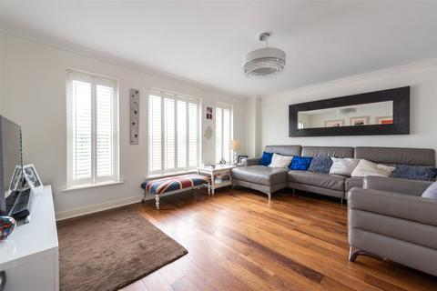 4 bedroom end of terrace house for sale - Grosvenor Mews, Prices Lane, Reigate, Surrey, RH2