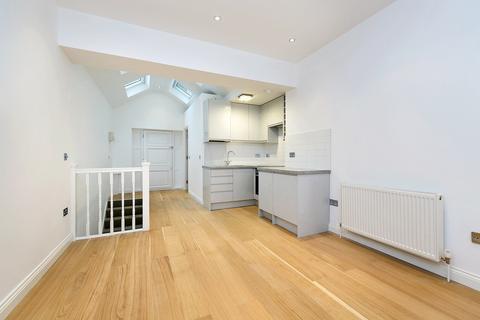 2 bedroom duplex to rent - Acton Lane, London, W4
