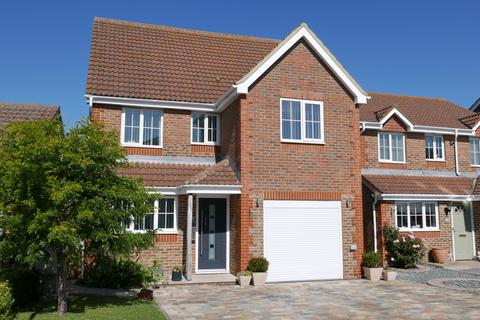 4 bedroom detached house for sale - SAUNDERS CLOSE, LEE ON SOLENT