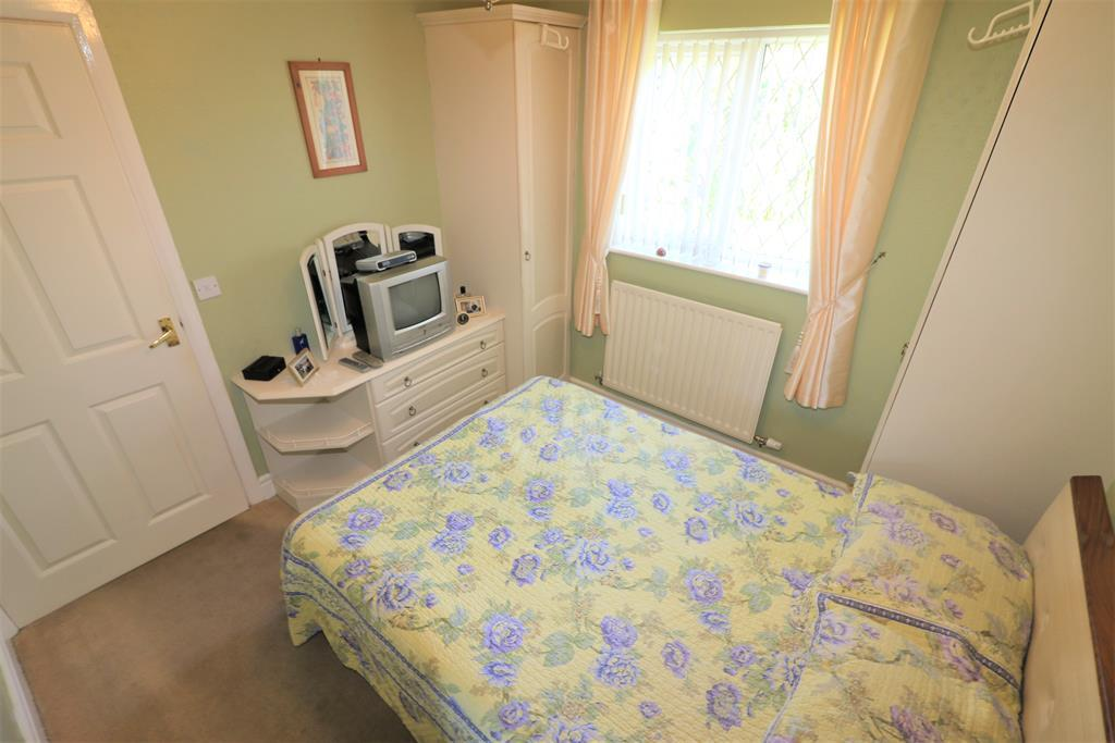 Burnley Grove Moreton Wirral Ch46 9sd 3 Bed Bungalow