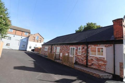 2 bedroom semi-detached house to rent - Old Brewery Court, Melton Mowbray