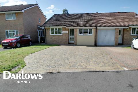 2 bedroom bungalow for sale - Brython Drive, St Mellons, Cardiff