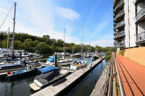 2 bedroom flat to rent - Victoria Wharf Watkiss Way, Cardiff, South Glamorgan