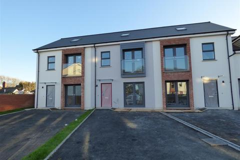 3 bedroom townhouse for sale - Hayston View, Johnston, Haverfordwest
