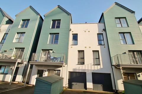 3 bedroom maisonette for sale - Quadrant Quay, Plymouth