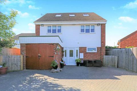 6 bedroom detached house for sale - Glendon Close, Lincoln